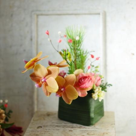 お正月のお花発送しました、今年もありがとうございました_a0042928_00035950.jpg