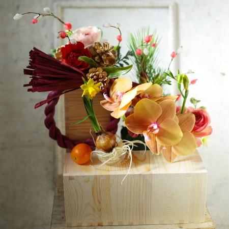 お正月のお花発送しました、今年もありがとうございました_a0042928_00242477.jpg