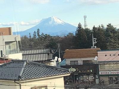 駅から富士山_f0019247_13544816.jpg
