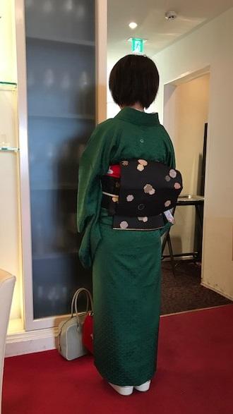 クリスマス会・最終・クリスマスカラーの着物と小物のお客様_f0181251_13135996.jpg