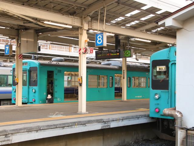 和歌山線 105系 JR和歌山駅にて!_d0202264_141510100.jpg