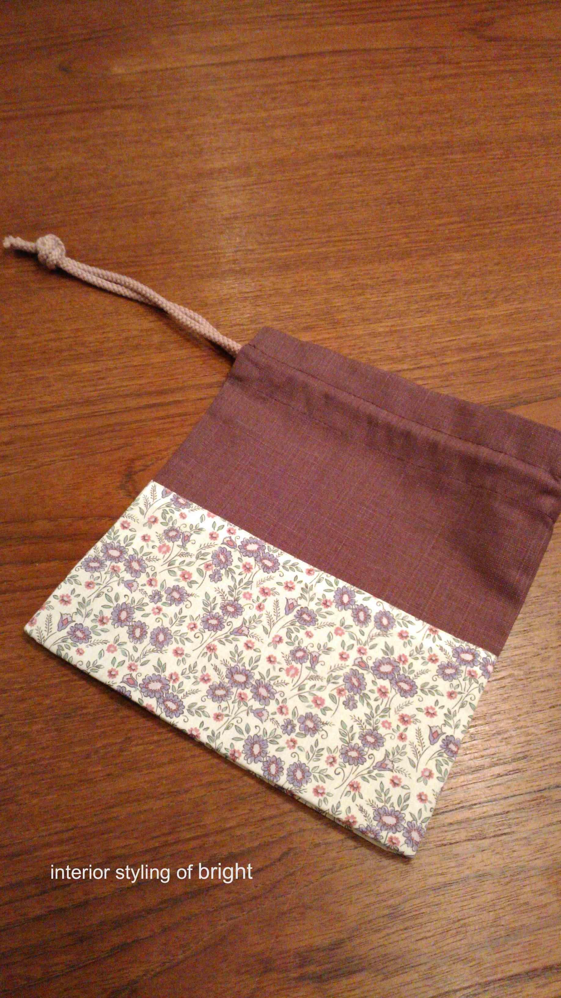 巾着の製作 ウィリアムモリス正規販売店のブライト_c0157866_17323930.jpg