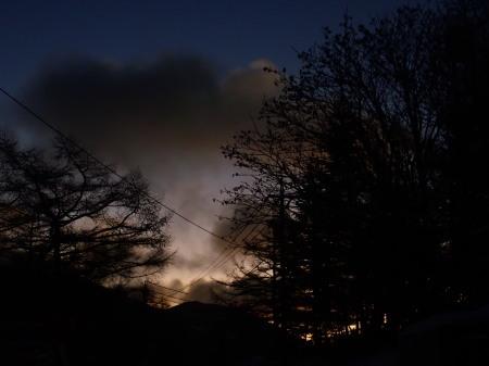 日の出前_e0120896_08440476.jpg