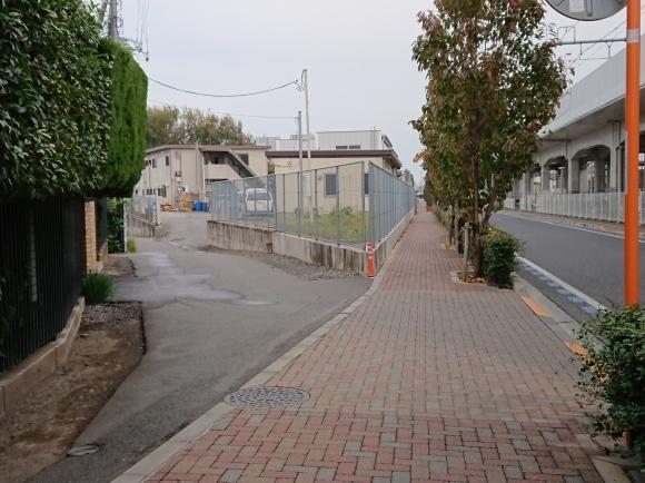 11/22 境浄水場引込線跡地を歩く_b0042308_03003347.jpg
