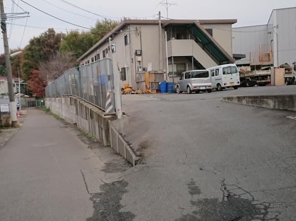 11/22 境浄水場引込線跡地を歩く_b0042308_03003575.jpg