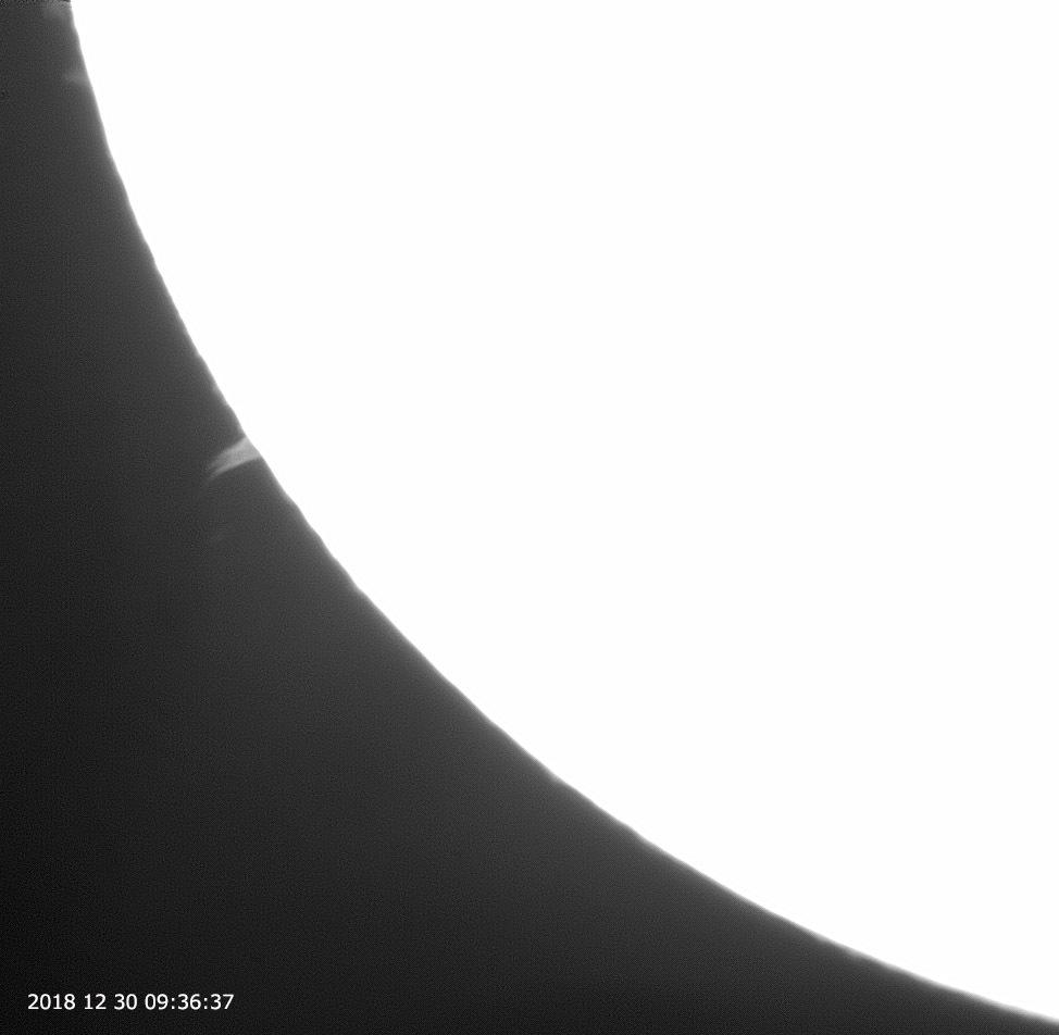 12月30日の太陽_e0174091_15125502.jpg