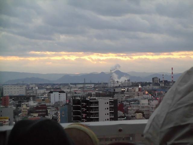 元旦は曇り空から快晴に! 今年の富士市もあやかりたい!in市役所屋上の「富士山ミエルラ」_f0141310_07585189.jpg