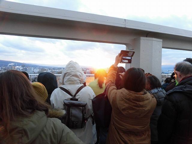 元旦は曇り空から快晴に! 今年の富士市もあやかりたい!in市役所屋上の「富士山ミエルラ」_f0141310_07593998.jpg