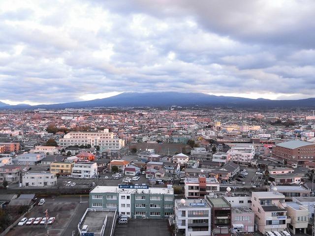 元旦は曇り空から快晴に! 今年の富士市もあやかりたい!in市役所屋上の「富士山ミエルラ」_f0141310_07594642.jpg