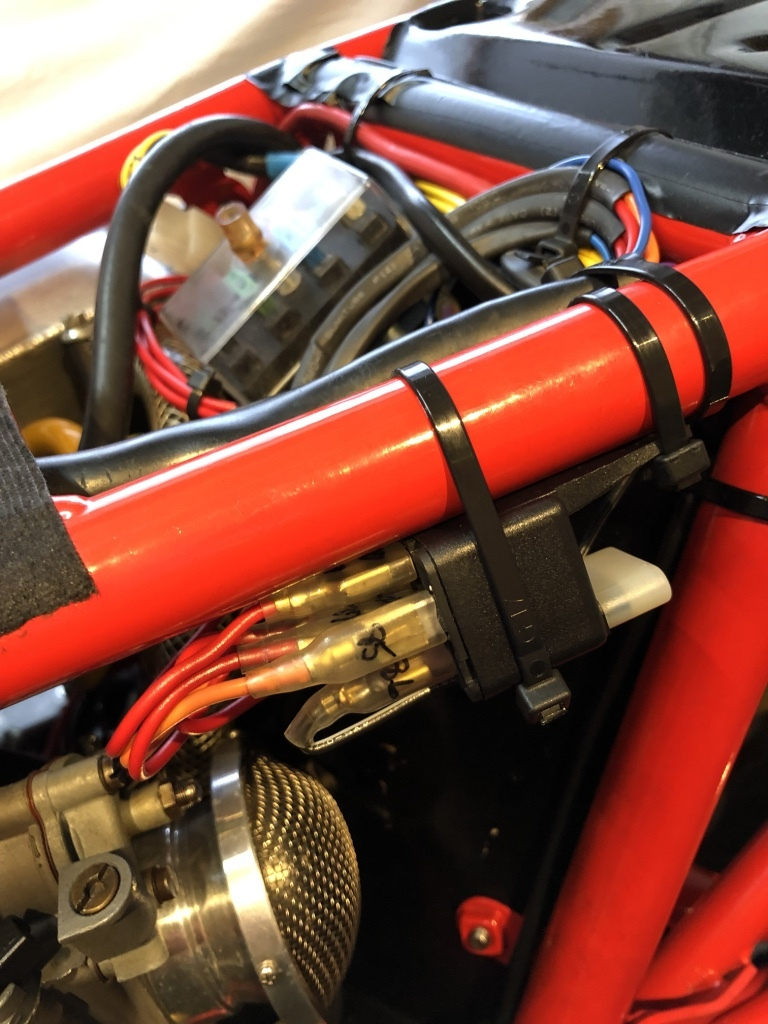 DUCATI F1-2型整備日記 エンジンかかりません???_a0051924_20340541.jpg