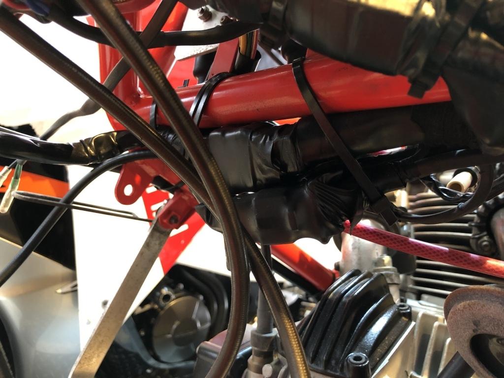 DUCATI F1-2型整備日記 エンジンかかりません???_a0051924_20341638.jpg