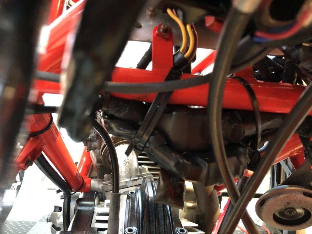 DUCATI F1-2型整備日記 エンジンかかりません???_a0051924_20342251.jpg