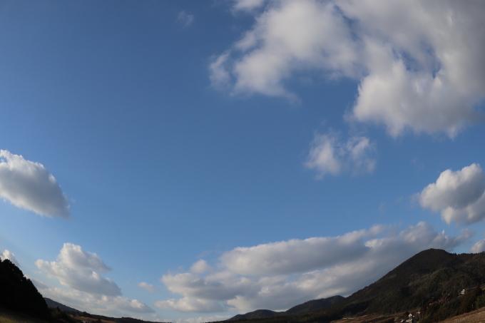 冬です!  空が_b0239402_16124953.jpg