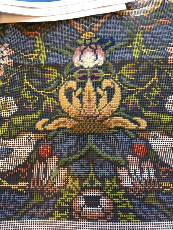 ウールの刺繍_a0374562_16303847.jpg