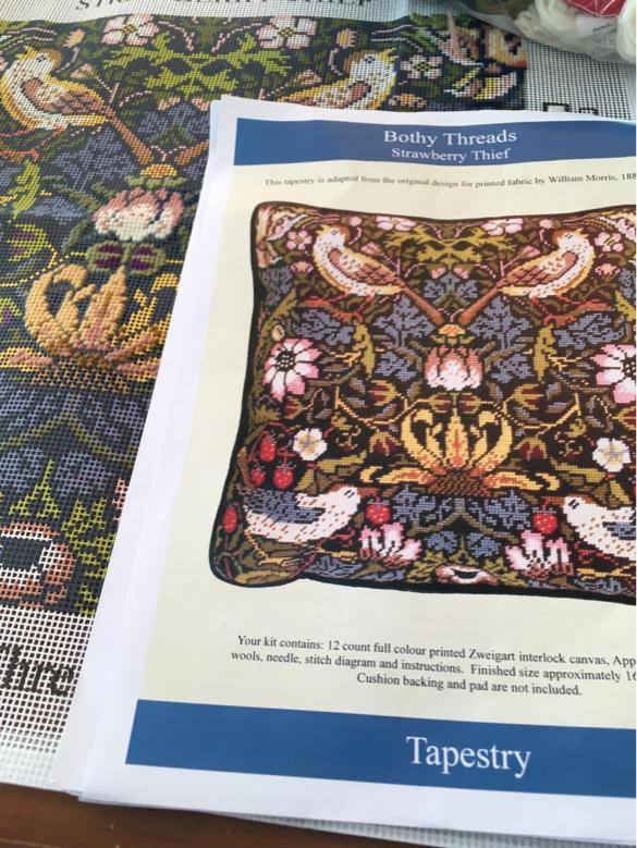 ウールの刺繍_a0374562_16325103.jpg