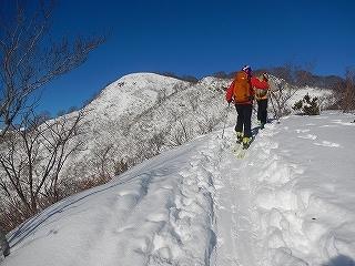 雪不足の大日_e0064783_22011735.jpg