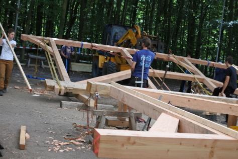 ヨーロッパの木造建築のナナメ材_a0157159_11513429.jpg