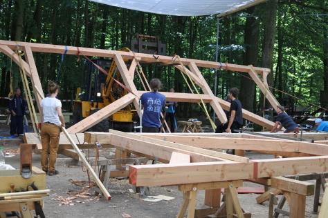 ヨーロッパの木造建築のナナメ材_a0157159_11521883.jpg