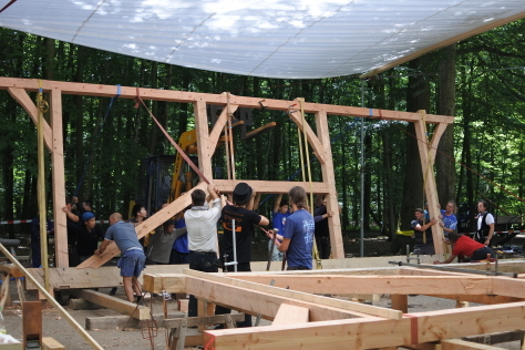 ヨーロッパの木造建築のナナメ材_a0157159_11525415.jpg
