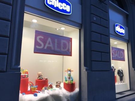 フィレンツェは明日から冬のセール!_a0136671_01425530.jpg