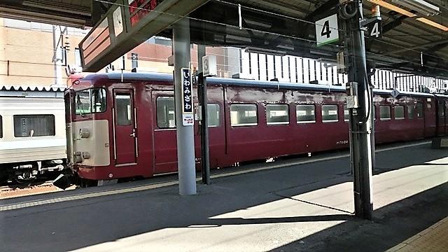 藤田八束の鉄道写真@仲の良い二人に会って嬉しいです。・・・目線で変わる車両の可愛さ、連結部分の可愛さ_d0181492_10081261.jpg