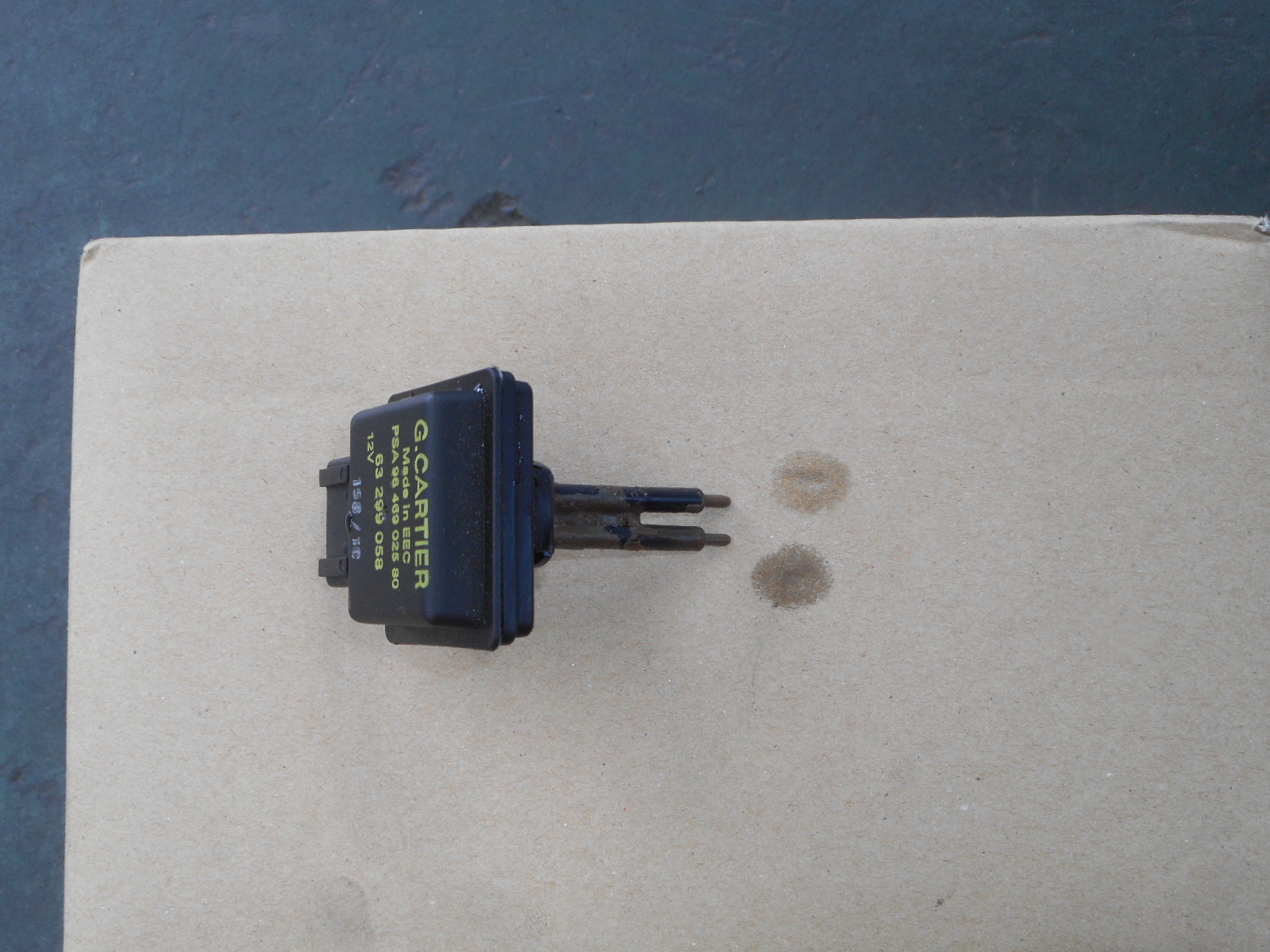 プジョー308 SW 冷却水警告灯点灯 修理_c0267693_17213151.jpg