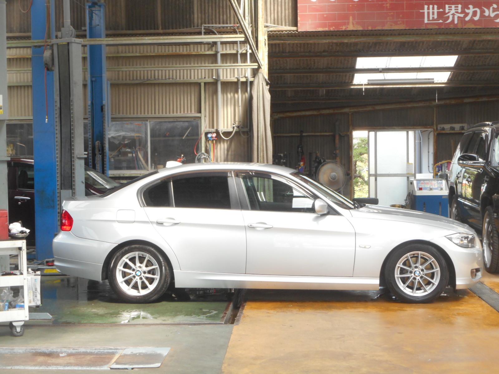 BMW 318i E90 車検整備_c0267693_18094625.jpg