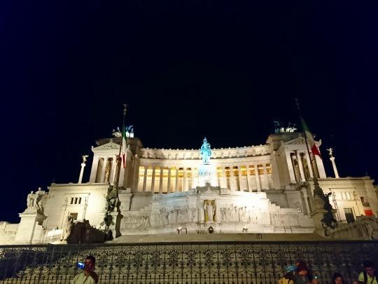 欧州出張2018年09月-イタリア・ローマー第八日目-ローマの夕暮れ観光とディナー_c0153302_15193225.jpg