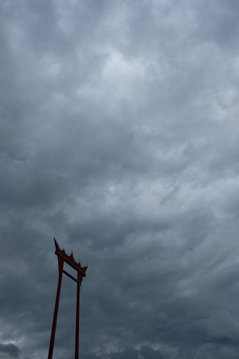 バンコク  曇天のサオチンチャー_b0061717_1848105.jpg