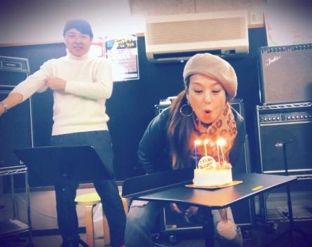 12/10 Birthday Party❣️_f0042034_03274722.jpg