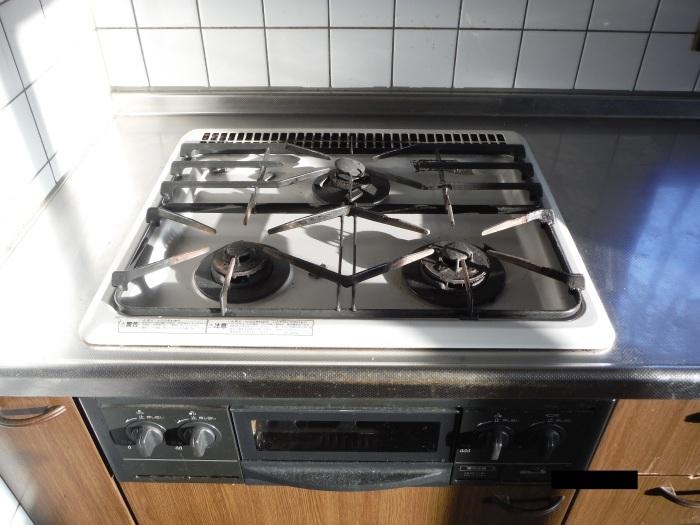 キッチン取替え ~ 古いキッチン取外し。_d0165368_06144860.jpg