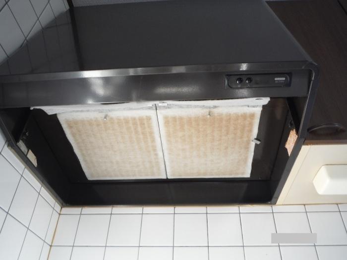 キッチン取替え ~ 古いキッチン取外し。_d0165368_06150750.jpg