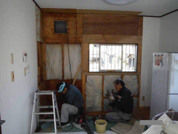 キッチン取替え ~ 古いキッチン取外し。_d0165368_06165142.jpg