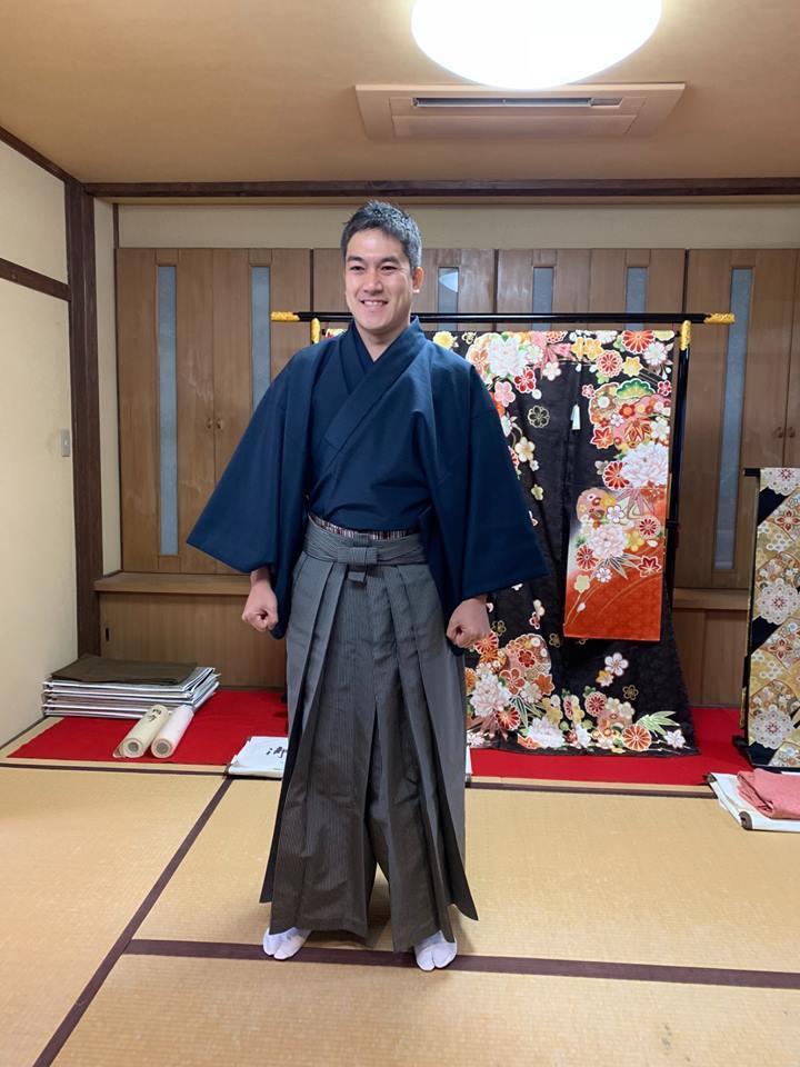 勇ましい袴姿で、茶道の初釜へ^^_d0230676_14520726.jpg