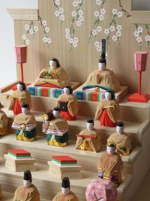 【公式】2020年出品 奈良一刀彫 吉岡一泰雛人形展【段雛飾り】_e0256889_21273042.jpg