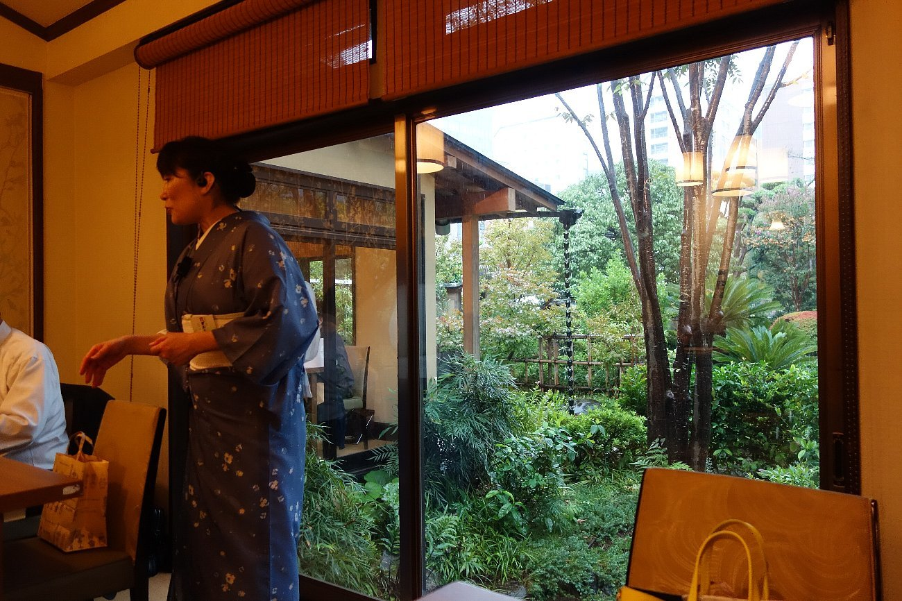 がんこ新宿山野愛子邸_c0112559_07475199.jpg