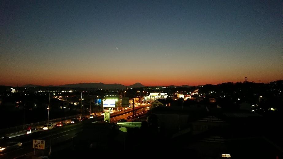 1/8  今日の富士山_b0042308_19402867.jpg