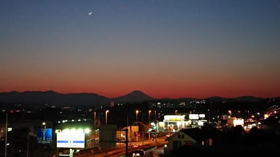 1/8  今日の富士山_b0042308_19404371.jpg