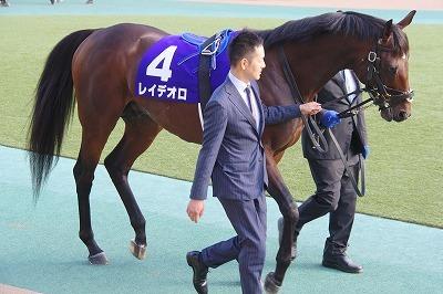 2018年度JRA賞発表、牝馬史上初の満票で年度代表馬はアーモンドアイ_b0015386_22021156.jpg