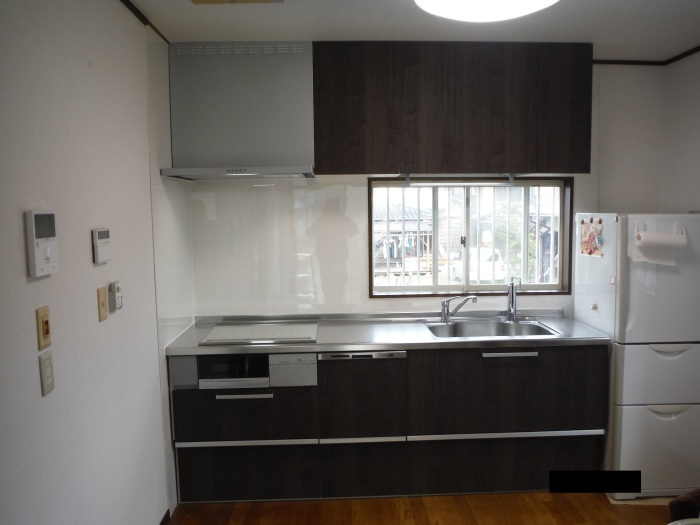 キッチン取替え ~ キッチン取替えの完成。_d0165368_06292538.jpg