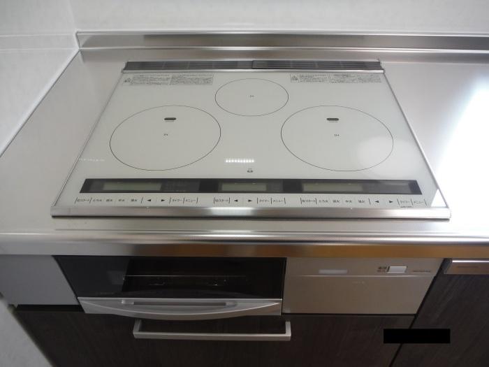 キッチン取替え ~ キッチン取替えの完成。_d0165368_06294161.jpg