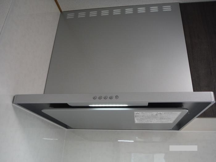 キッチン取替え ~ キッチン取替えの完成。_d0165368_06295607.jpg