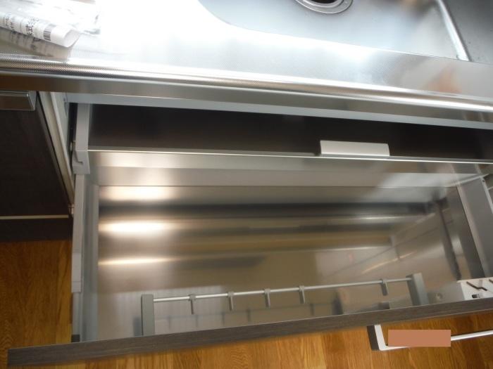 キッチン取替え ~ キッチン取替えの完成。_d0165368_06305158.jpg