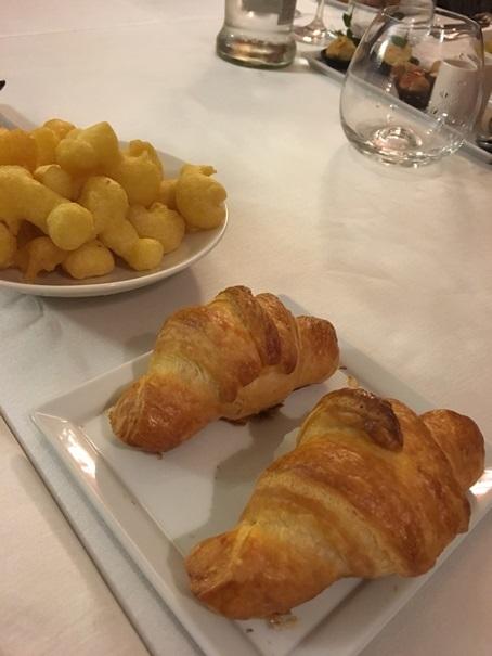 教室ツアーin Piemonte4日目④ お腹いっぱいだけど豪華ディナー。_d0041729_15050335.jpg