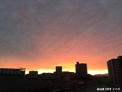 朝焼けの金沢の空_e0145332_14225875.jpg