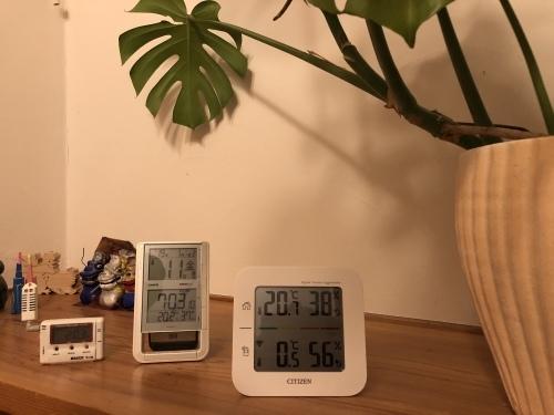 臥竜山の家   温度_f0150893_16165993.jpeg