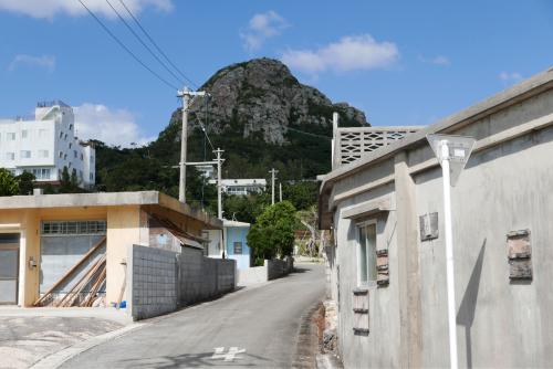 海界の村を歩く 東シナ海 伊江島_d0147406_19215048.jpg