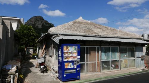 海界の村を歩く 東シナ海 伊江島_d0147406_19215295.jpg