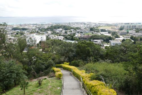 海界の村を歩く 東シナ海 伊江島_d0147406_19292432.jpg
