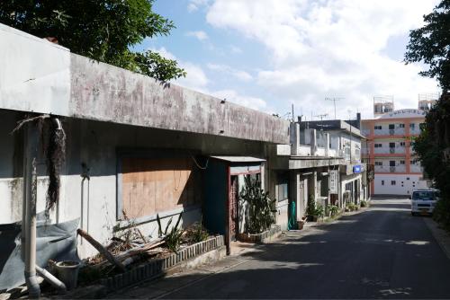 海界の村を歩く 東シナ海 伊江島_d0147406_19310056.jpg